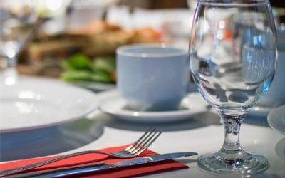 Чому німці в ресторанах часто платять кожен сам за себе?